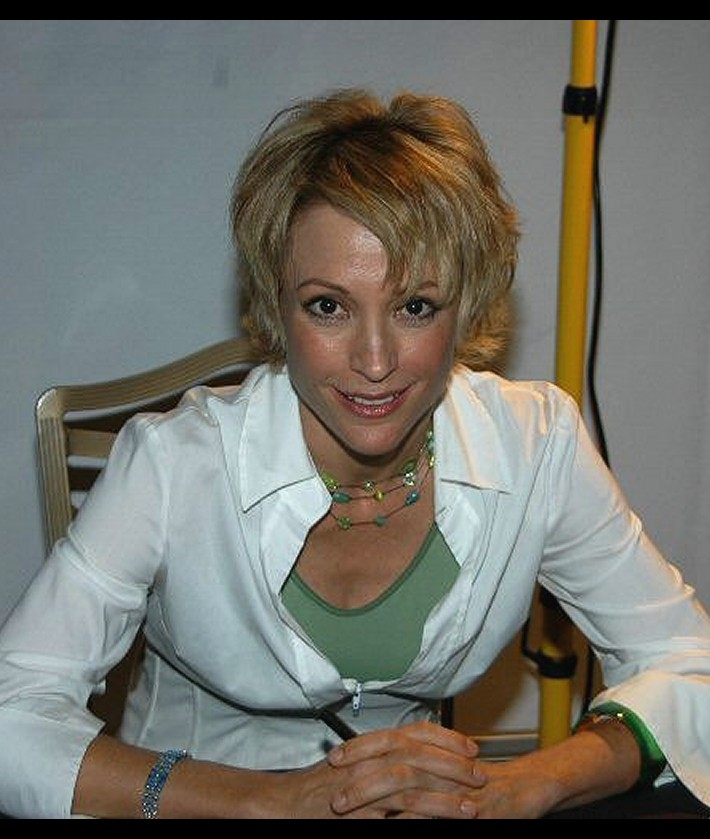 Nana Visitor - Picture Colection