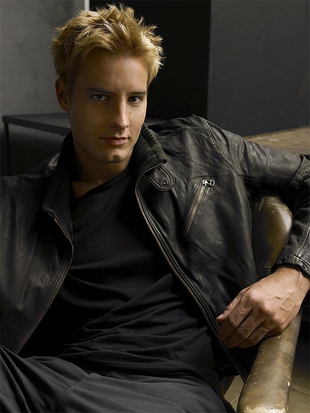 justin hartley aquaman. Actor Justin Hartley was born