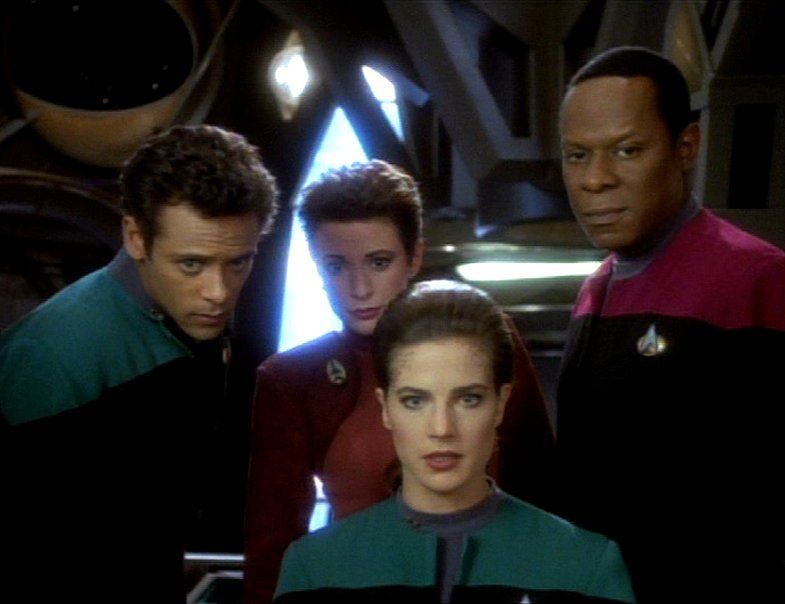 Daily Pic # 137, DS9 Crew