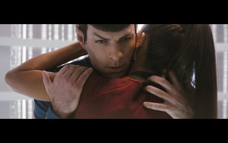 2009-03-22-Spock_Uhura.jpg