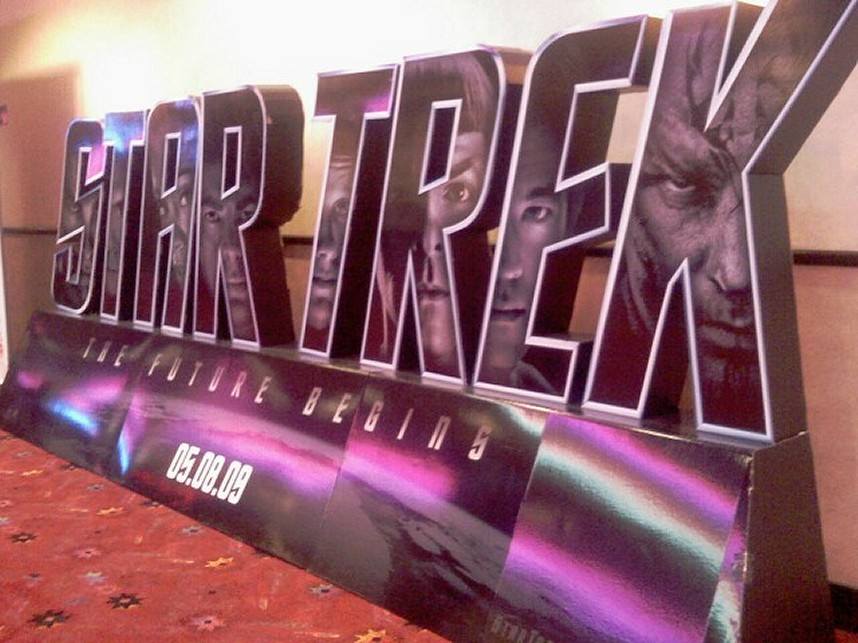 2009-04-06-Trek_Display.jpg