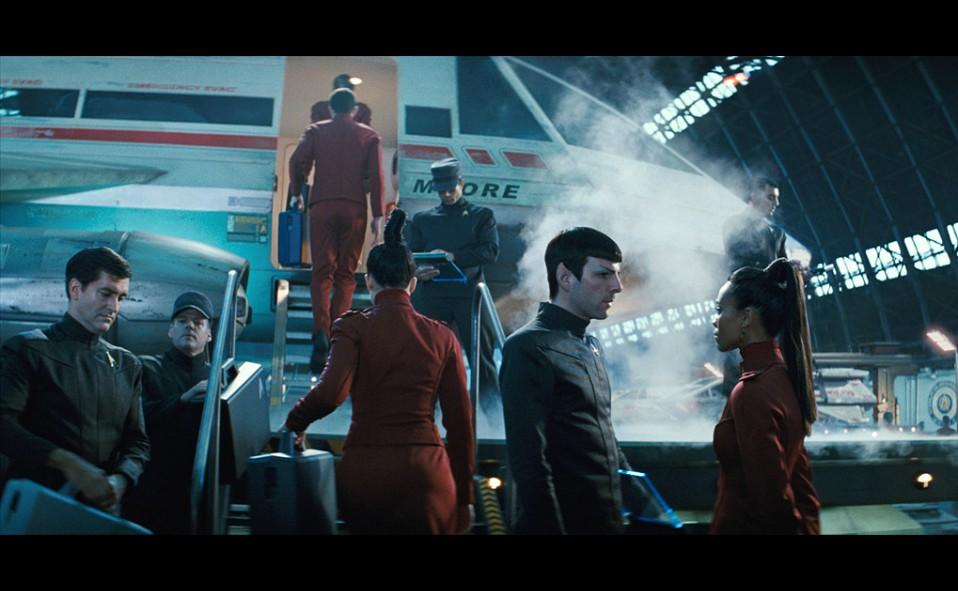 2009-04-16-Spock_Uhura.jpg