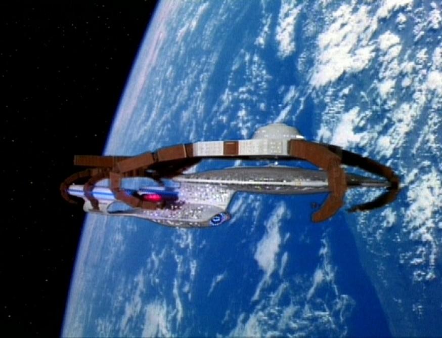 2009-04-22-Enterprise_orbit.jpg