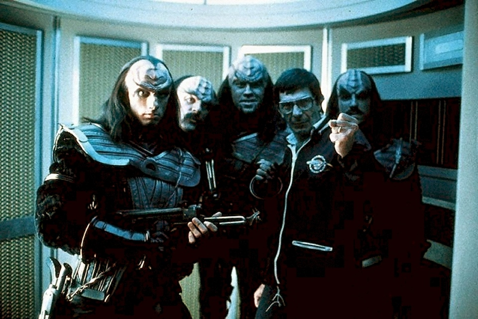 2010-06-16_Nimoy_Klingons