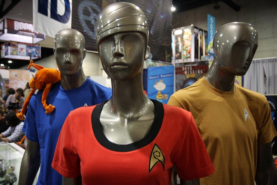2010-07-23_Trek_shirts