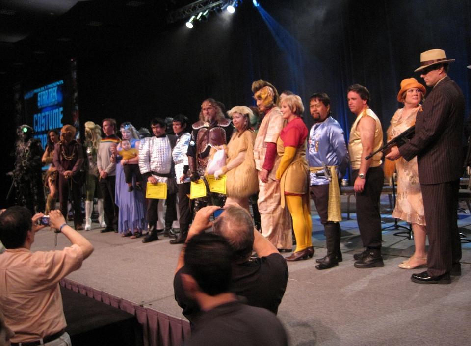 2010-08-12_Fan_Costumes
