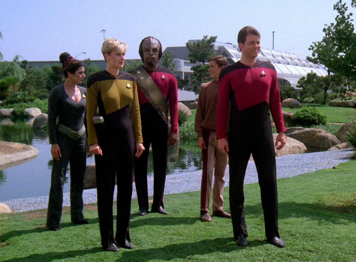 Daily Pic # 1515, More TNG Blu-caps